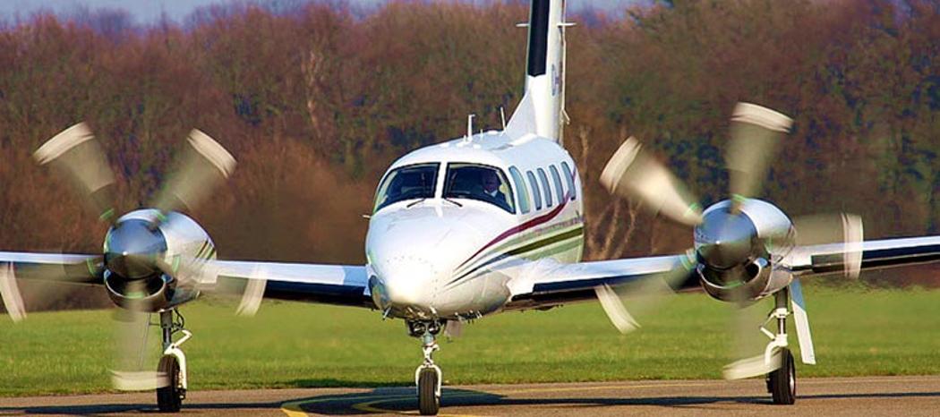 rent an aircraft